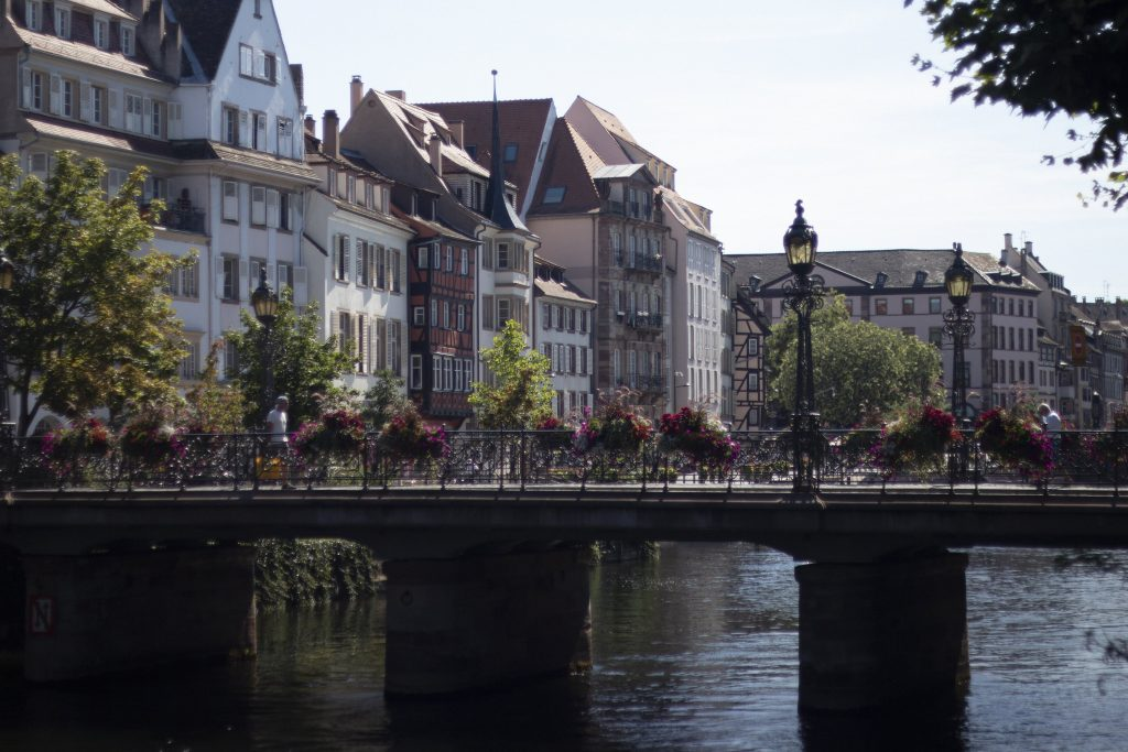 daydreaming in strasbourg inspiration series Jenny tam thai canals